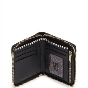 henri bendel Bags - Henri Bendel west 57th medium zip wallet 🗽